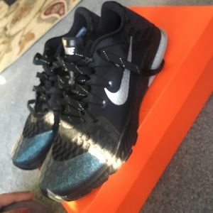 Nike Shoes - NIKE SUPER-BOWL ZOOM TRAIN COMPLETE AMP 10fbe4752